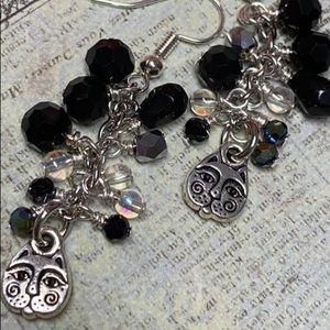 NWOT kitty clusters black silver dangling handmade